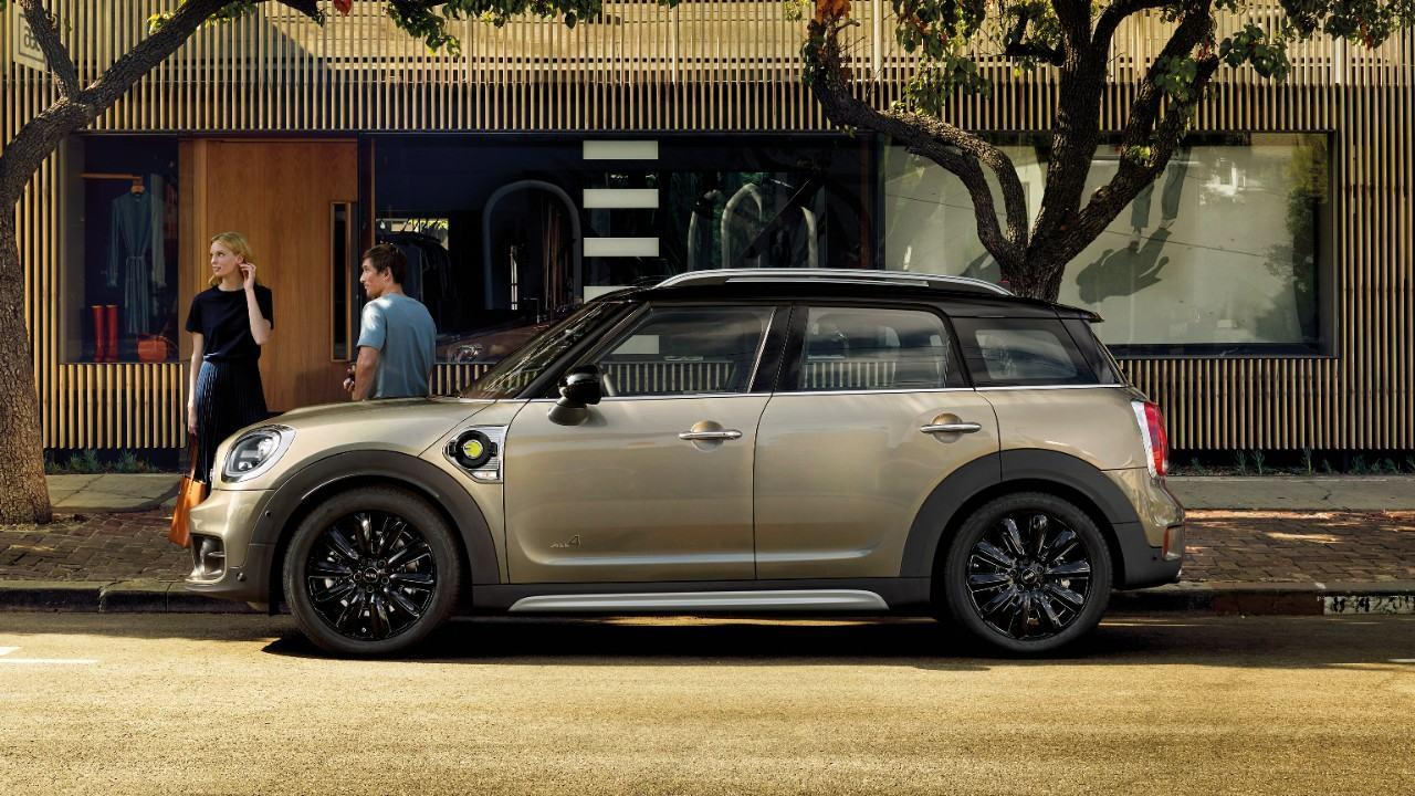 Mini Cooper Suv >> Mini countryman PHEV electric car chargers by APi Manchester
